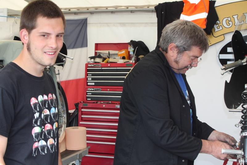 [Road Racing] Classic TT-Manx GP 2015 - Page 4 Img_5317