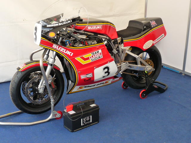 [Road Racing] Classic TT-Manx GP 2015 - Page 3 P1060713