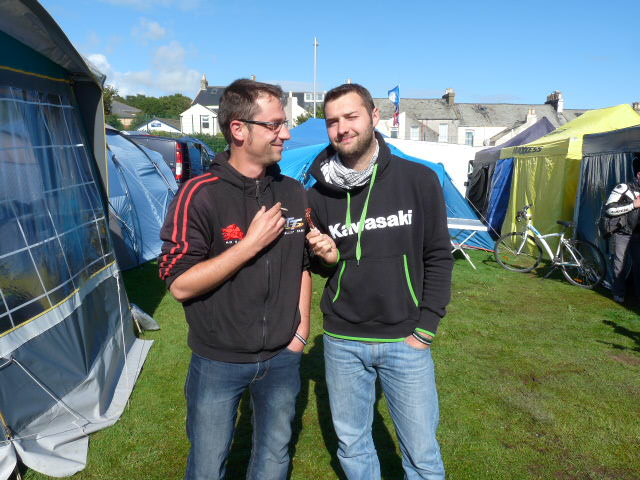 [Road Racing] Classic TT-Manx GP 2015 - Page 5 P1060747