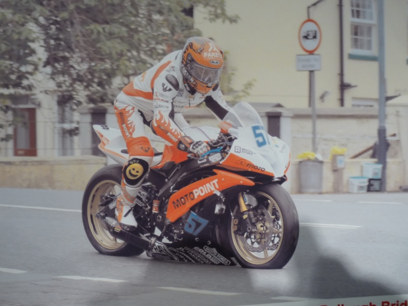 [Road Racing] Classic TT-Manx GP 2015 - Page 6 P1060815