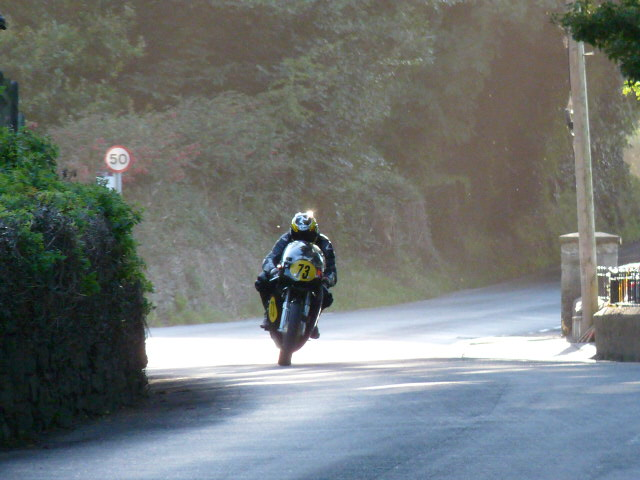 [Road Racing] Classic TT-Manx GP 2015 - Page 6 P1060837