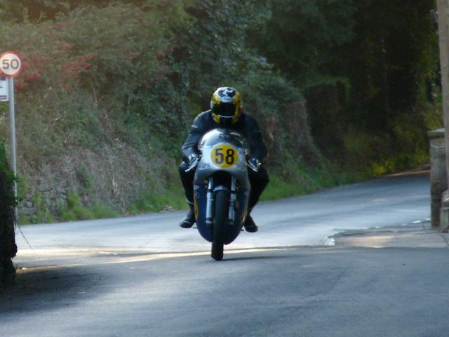[Road Racing] Classic TT-Manx GP 2015 - Page 6 P1060841