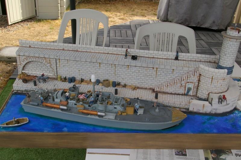 Torpedo boat PT - 596 [italeri 1/35] - Page 11 Imgp8516