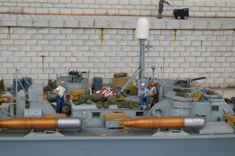 Torpedo boat PT - 596 [italeri 1/35] - Page 11 Imgp8519