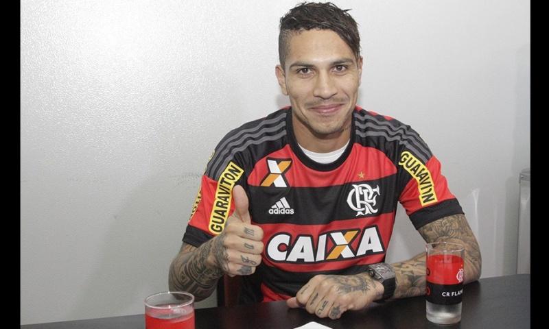 Llegada y primer entrenamiento de Paolo Guerrero en el Flamengo Notici12