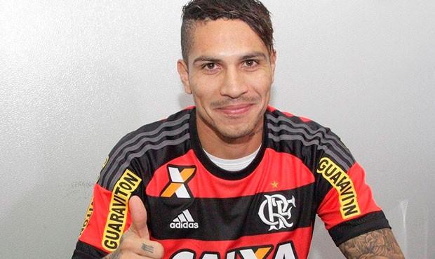 Paolo Guerrero felicitado por hinchas del Flamengo Notici22