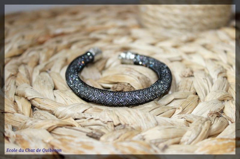 Les bracelets...100% Fait-main, au profit de l'ECQ! Img_2021