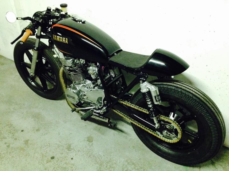 ...d'un 400XS Custom à un 400XS Cafe Racer !! - Page 41 Fullsi18