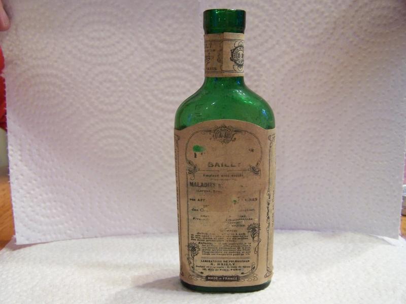 bouteille de médicament 102_8626