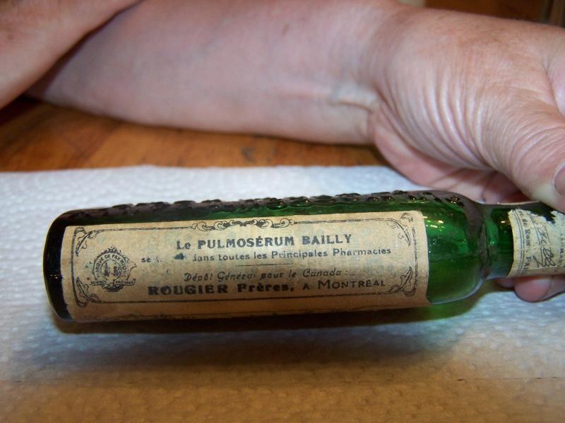 bouteille de médicament 102_8627