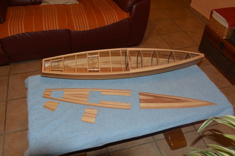 réalisation d'un voilier classe 1 mètre - Page 3 Dsc_0313
