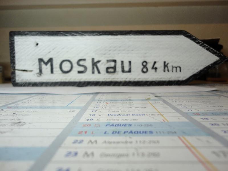 Nach Moskau 1/35 MASTER BOX - Page 2 Dsc07210