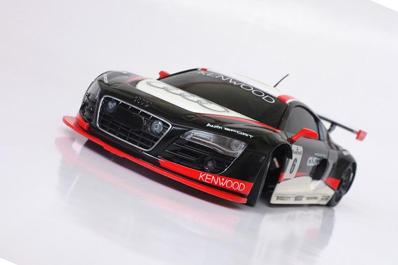 Audi R8 lms 00111