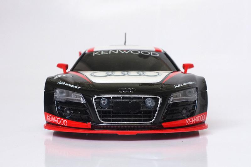 Audi R8 lms 00211