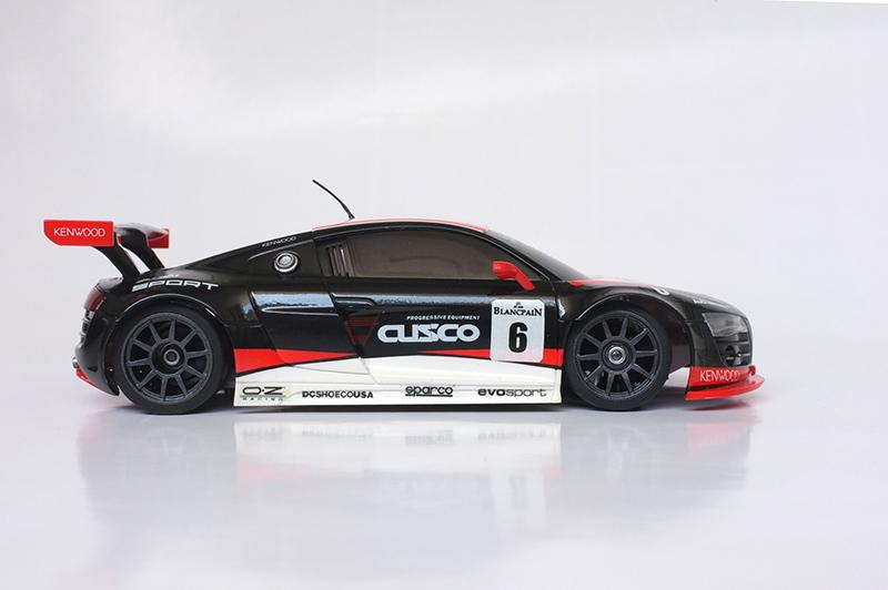 Audi R8 lms 00311