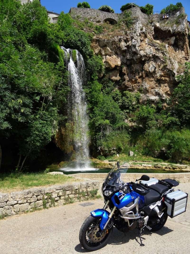 Vos plus belles photos de moto - Page 3 Dsc00111