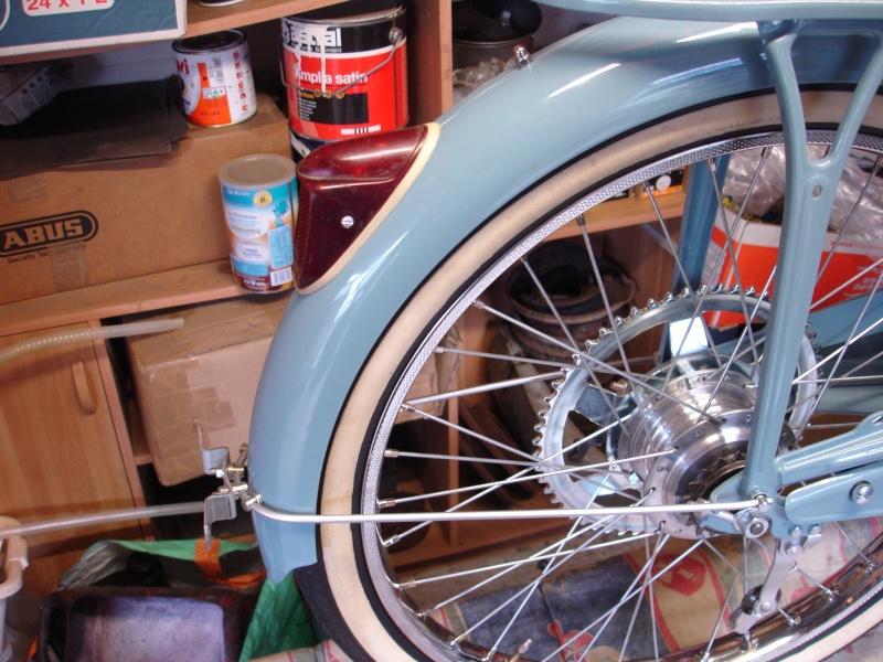 Reconstruction Motobécane AV17 Dsc04013
