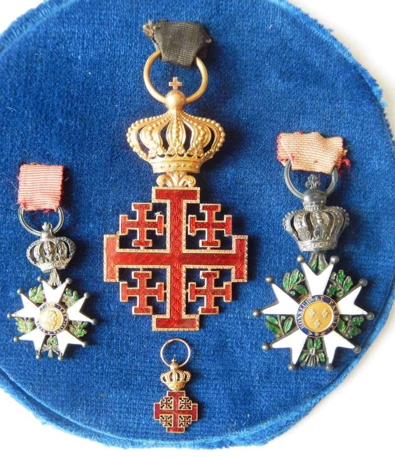 TERMINE - lot de quatres médailles - LEGION D'HONNEUR - SAINT SEPULCRE Dscn3112