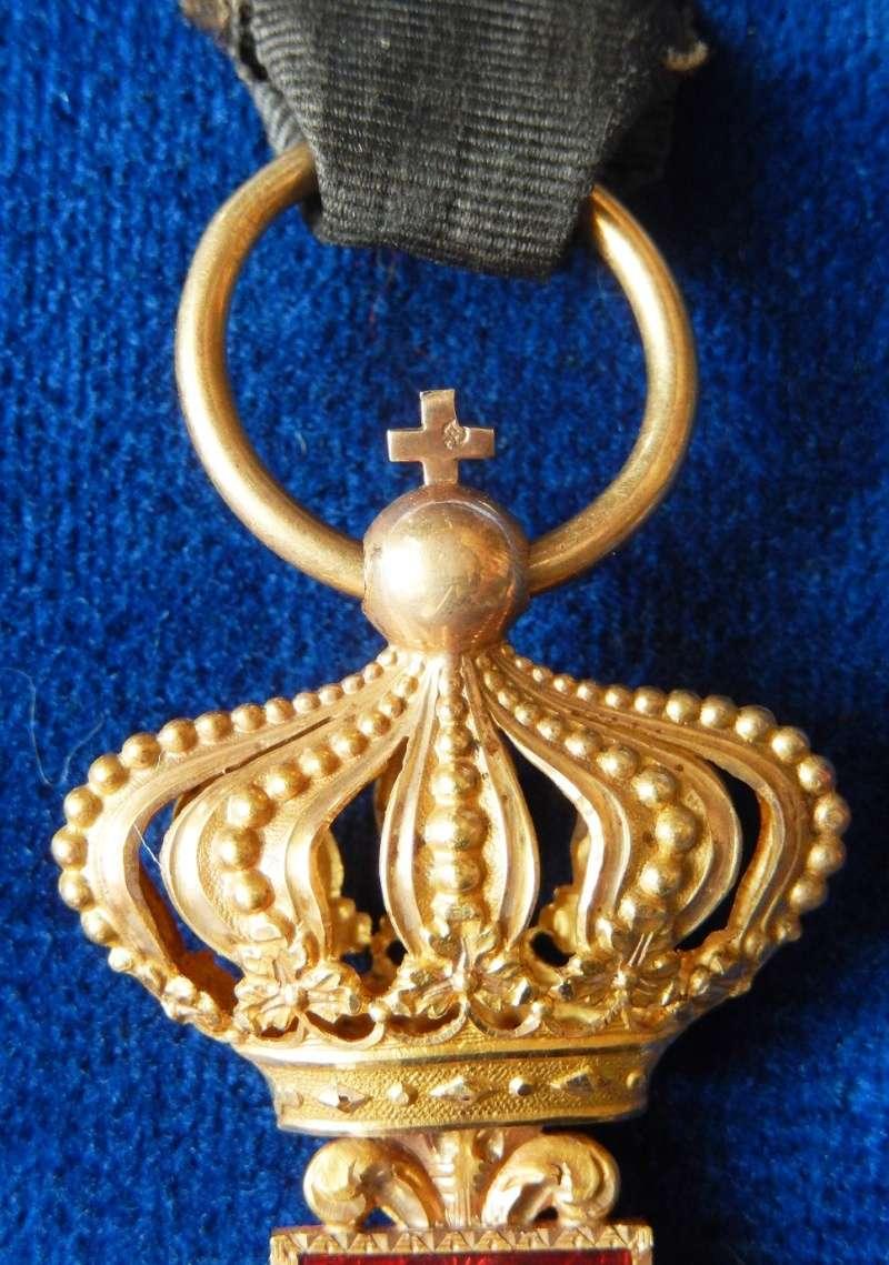 TERMINE - lot de quatres médailles - LEGION D'HONNEUR - SAINT SEPULCRE Dscn3114