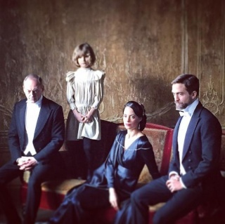 THE CHILDHOOD OF A LEADER NOW LISTED AS COMPLETE WITH A RUNNING TIME OF 113 MINS 6510