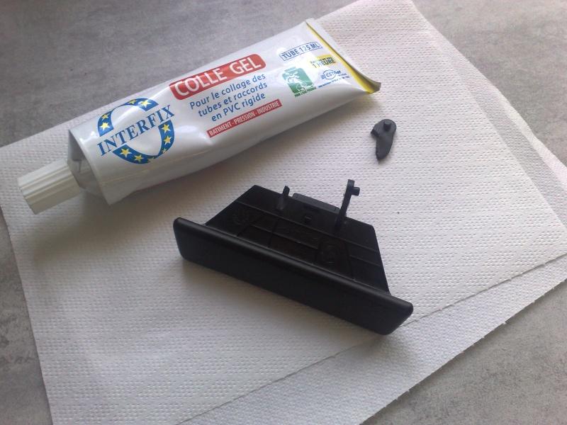 Réparation fermeture couvercle accoudoir arrière 14062014