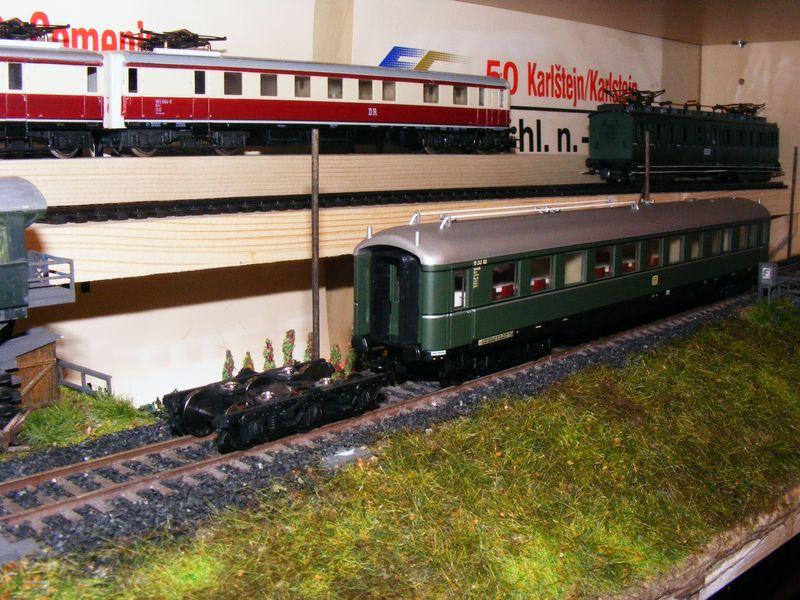 Sechsachsige Reisezugwagen Dscf5140