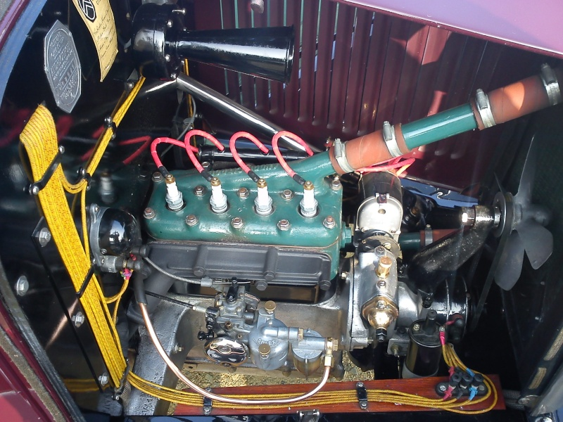 robinet et tuyeau essence Dsc00010