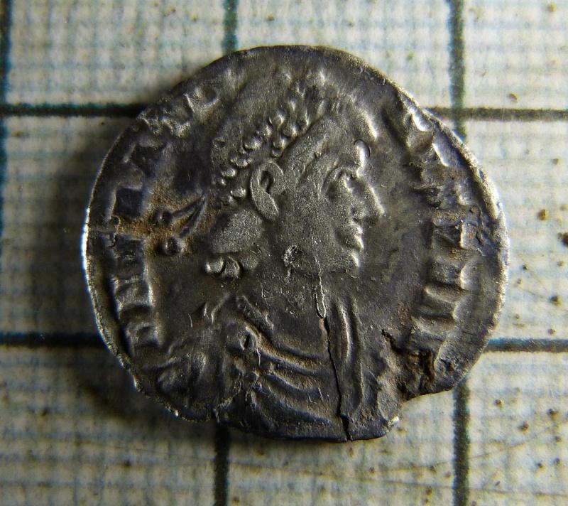 Les monnaies de Facebook - Page 3 1711