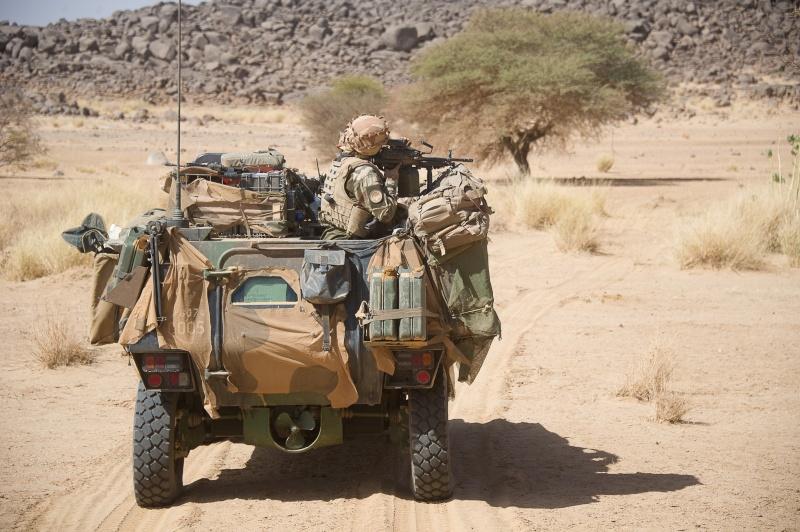 Belles photos de l'Opération BARKHANE - source: service communication 1er RCP Le_5_m10