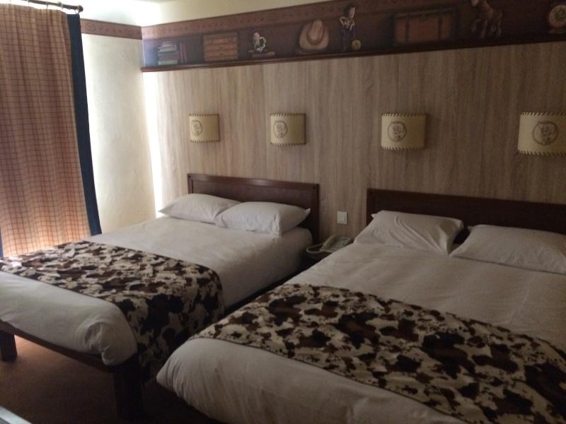 Nouvelles Chambres du Disney's Hotel Cheyenne sur le thème de Toy Story ! Img_7214