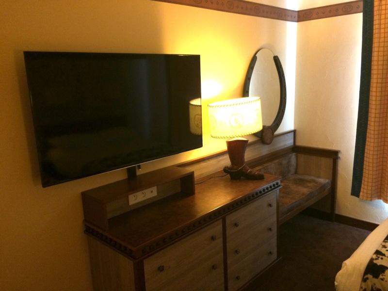Nouvelles Chambres du Disney's Hotel Cheyenne sur le thème de Toy Story ! Img_7219
