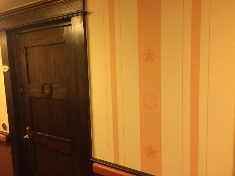 Nouvelles Chambres du Disney's Hotel Cheyenne sur le thème de Toy Story ! Img_7225