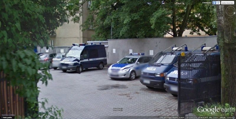 STREET VIEW : véhicules de police du monde - Page 10 Police10