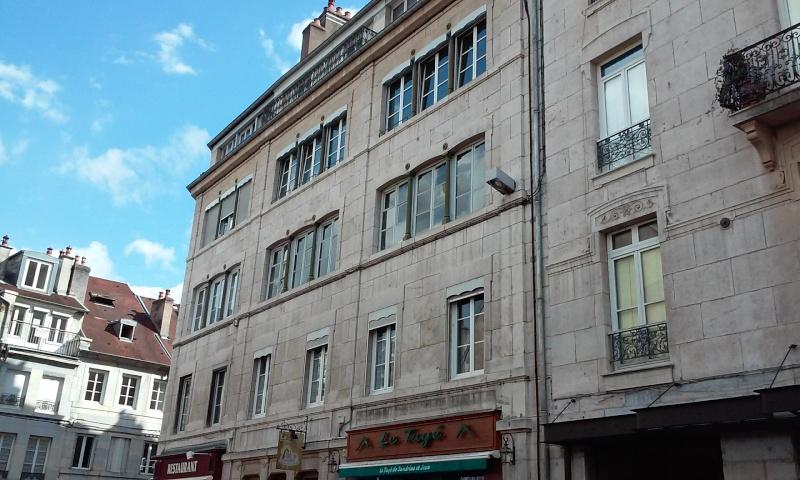 L'horlogerie et l'immobilier à Besançon - Page 3 20150637