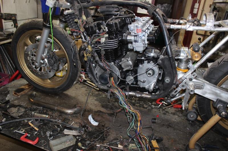 Prépa Kawa 750 GPZ 83 pour la Vitesse en Moto Ancienne - Page 13 Ph15_i10