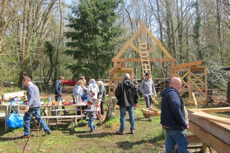 construction d'un abri en charpente - Page 9 Img_3711