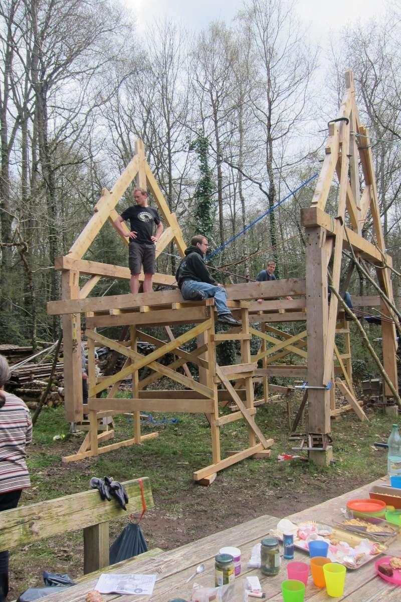 construction d'un abri en charpente - Page 9 Img_3713