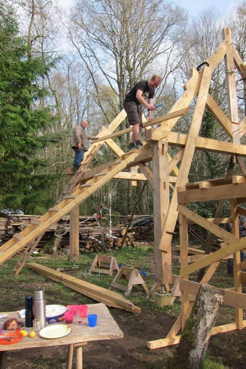 construction d'un abri en charpente - Page 9 Img_3717