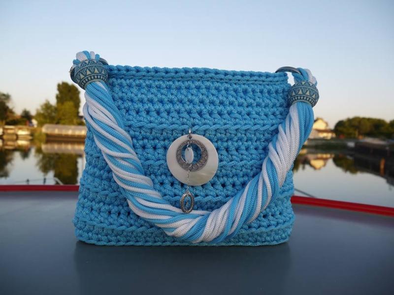 Cabas tressé en cordelette bleue azur VENDU 11214010