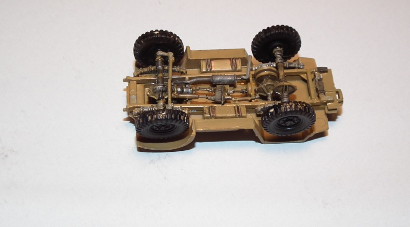 "(italeri) tracteur d'artillerie morris C8 ""le quad"" Dscf4621"