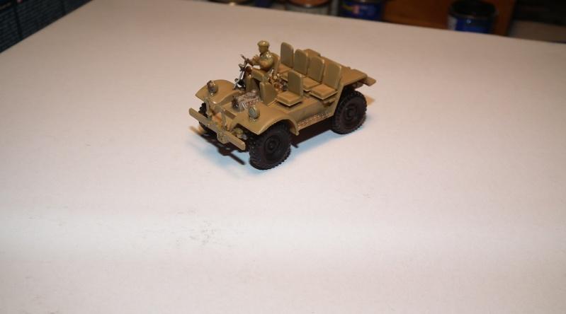 "(italeri) tracteur d'artillerie morris C8 ""le quad"" Dscf4623"