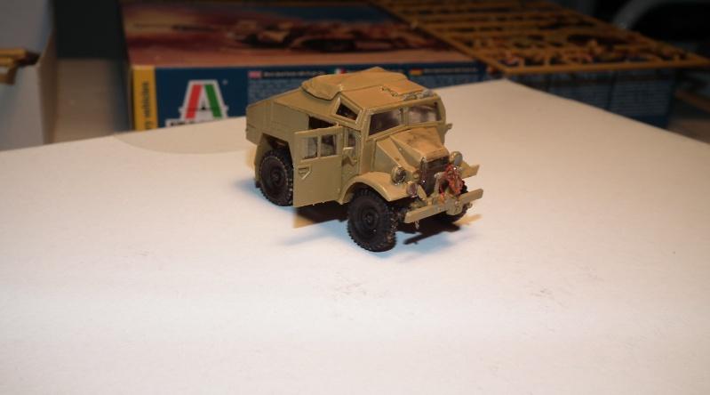"(italeri) tracteur d'artillerie morris C8 ""le quad"" Dscf4625"