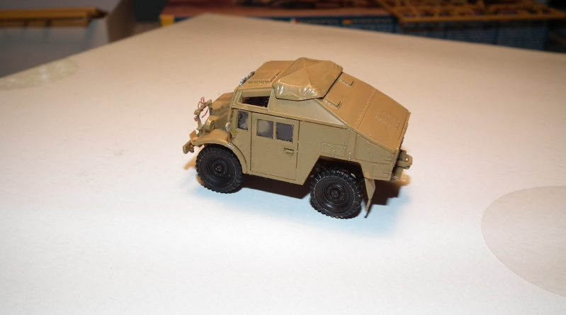 "(italeri) tracteur d'artillerie morris C8 ""le quad"" Dscf4626"