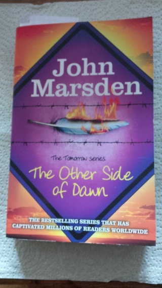 "John Marsden La saga ""Tomorrow"" & le sequel ""The Ellie Chronicles"" 11703313"