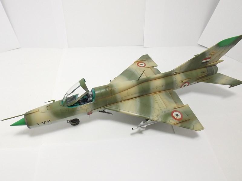 """Mikoyan-Gourevitch MiG-21 PF """"égyptien"""" au 1/48 Dscf1716"""