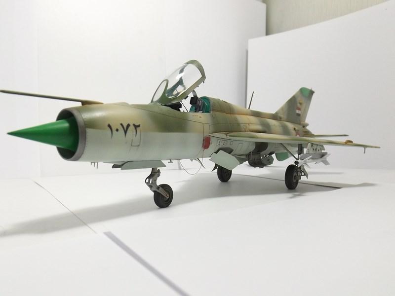 """Mikoyan-Gourevitch MiG-21 PF """"égyptien"""" au 1/48 Dscf1717"""