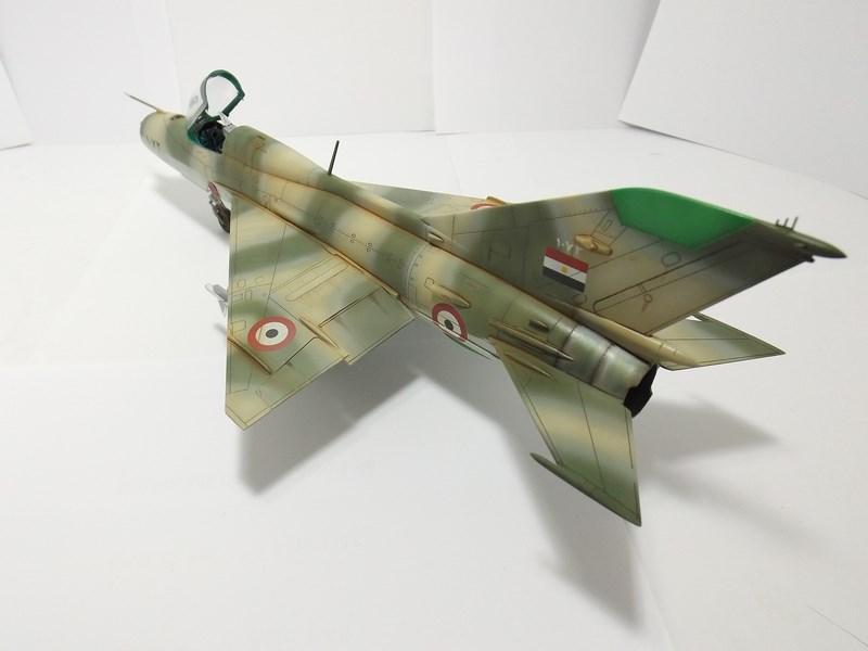 """Mikoyan-Gourevitch MiG-21 PF """"égyptien"""" au 1/48 Dscf1718"""