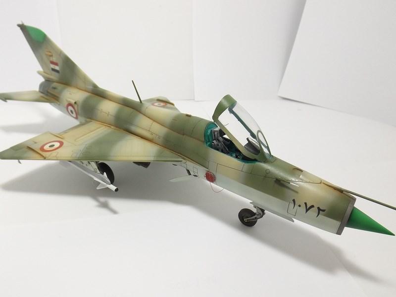 """Mikoyan-Gourevitch MiG-21 PF """"égyptien"""" au 1/48 Dscf1721"""