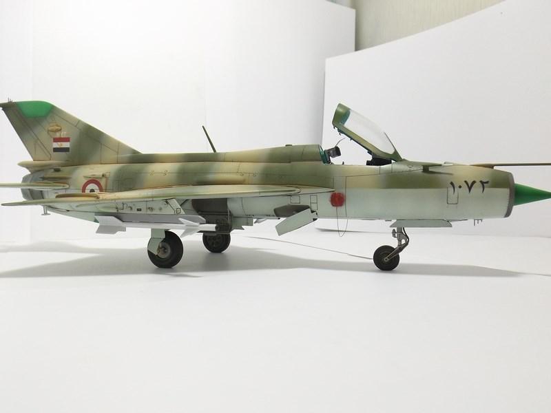 """Mikoyan-Gourevitch MiG-21 PF """"égyptien"""" au 1/48 Dscf1723"""
