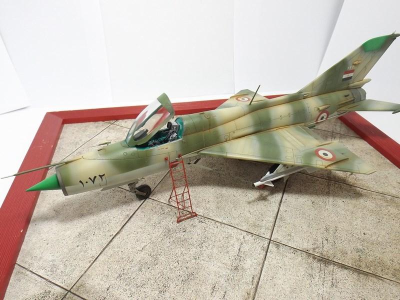 """Mikoyan-Gourevitch MiG-21 PF """"égyptien"""" au 1/48 Dscf1728"""